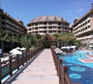 Basen Hotel Royal Dragon