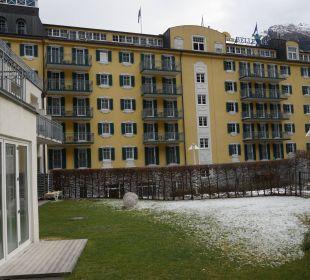 Blick auf die Vorderfront vom Mondi Bellevue MONDI-HOLIDAY First-Class Aparthotel Bellevue