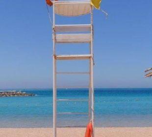 Rettungsschwimmerturm - war nie besetzt Hotel Hilton Hurghada Plaza