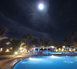 Abend am Pool