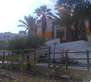 Wege in der Anlage Hotel Lagas Aegean Village