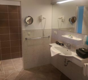 Grosses Badezimmer Gartenhotel Pfeffel