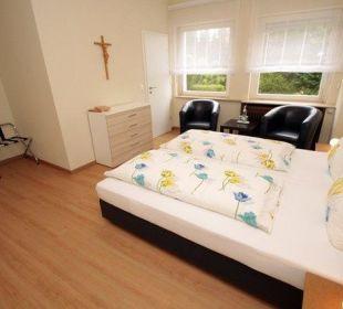 Zimmerbeispiel Doppelzimmer Kloster Maria Hilf