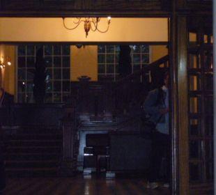 Eingang zum Hotel Hotel Southern Sun Mayfair