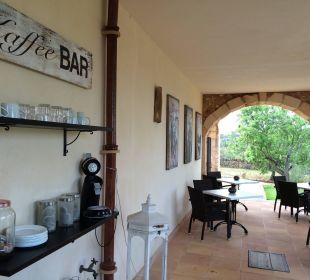 Die Kaffee-Bar auf der Terrasse  Finca Es Pinaretta