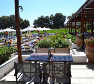 Restaurant unten am Pool AKS Annabelle Beach Resort