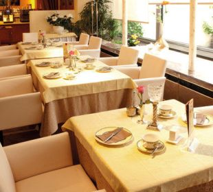 Frühstücksrestaurant Teilansicht City Hotel Ost am Kö Augsburg