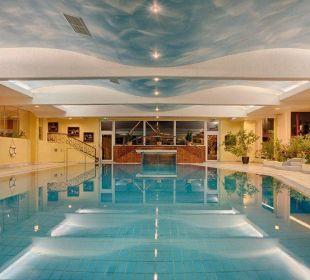 Thermal-Hallenbad 8x16 m, 32 °C Hotel Pulverer
