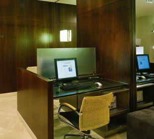 Internet Workstation K+K Hotel Cayré