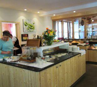 Excellent food and assortment Natur & Aktiv Resort Ötztal (Nature Resort)