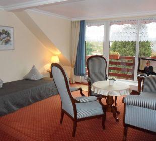 Suite Wohnraum mit Aufbettung Gästehaus Linde