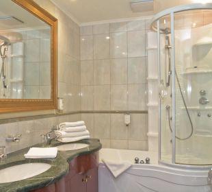 Badezimmer Ferienwohnung SEETELHOTEL Ostseeresidenz Heringsdorf