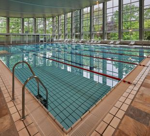 Indoor pool 25m Hilton Frankfurt City Centre