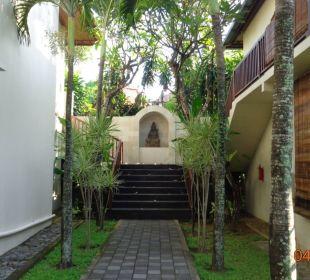 Zwischen 2 Bugalows Hotel Griya Santrian