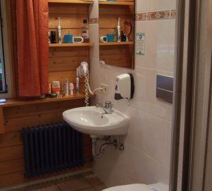 Bad mit Dusche Hotel Waldeck