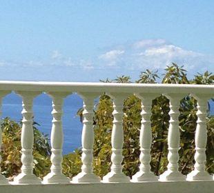 Blick auf das Meer vom Garten aus Villen Los Lomos