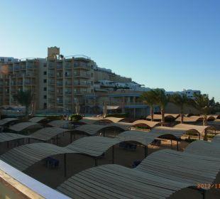 Blick auf den Strand  Sphinx Aqua Park Beach Resort