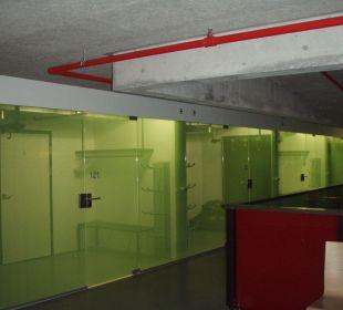 Vorräume der Zimmer Hotel Cube Savognin