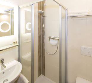 Familienappartement Seenland (50 m2) Dusche/WC Angerer Familienappartements Tirol