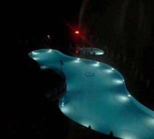 Pool bei Nacht Hotel Side Sun