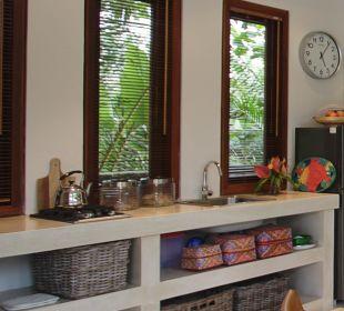 Rumah Isah - Küchenzeile Nusa Indah Bungalows & Villa