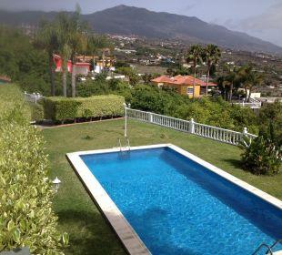 Einer der beiden Pools Villen Los Lomos