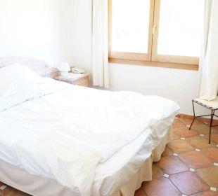 Schön hell und stilvoll S'Arenada Hotel