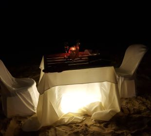 Langustenessen am Strand Dreams La Romana Resort & Spa