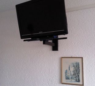 Flat-TV an der Wand Pension St. Georg