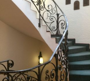 Treppenhaus mit Liebe zum Detail WellVital Hotel Tyrol