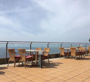 Snack mit atemberaubender Aussicht Gloria Palace Amadores Thalasso & Hotel