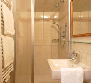 Großes Badezimmer - Toilette extra Pension Ötzmooshof