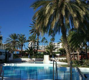 Pool Hotel Miraflor Suites
