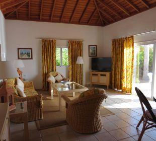 Blick in das große Wohnzimmer Hotel La Palma Jardin