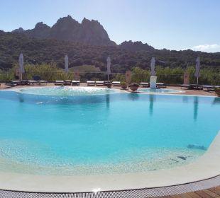 Sonnenaufgang am Pool Hotel Parco Degli Ulivi