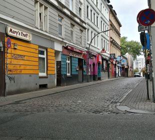 ... um die Ecke tobt das Leben... Hotel Hanseport Hamburg