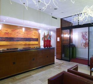 Lobby Small Luxury Hotel Das Tyrol