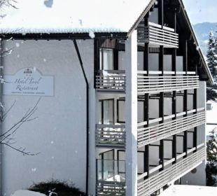 Blick auf das Hotel vom Panorama-Wanderweg aus WellVital Hotel Tyrol