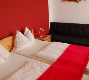 Schlafen auf 1275 m Seehöhe Hotel Lanz