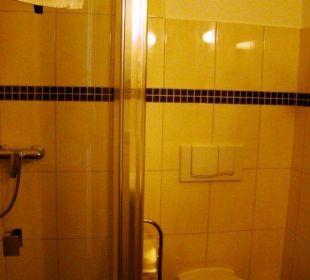 Badezimmer 22 Hotel Pension Bellevue