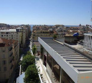 Blick vom Nachbarhotel Splendid Hotel Gounod Nice