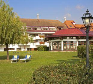 Garten mit Liegewiese Seehotel Rust