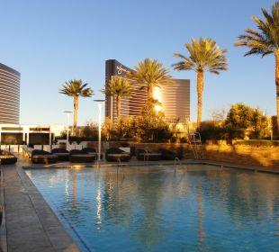 Ausblick vom Pool Hotel Trump International