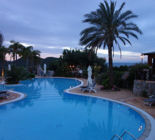 Poolanlage Hotel Cruccuris Resort