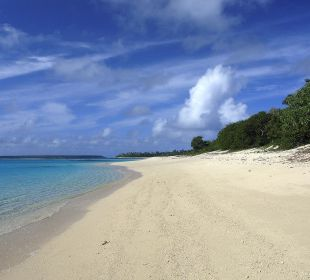 Strand direkt am Resort Sandy Beach Resort Tonga
