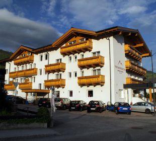 Hotelansicht von vorn Hotel Vier Jahreszeiten