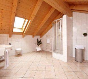 Badezimmer in der Suite AKZENT Hotel Schatten