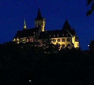 Ausblick vom Zimmer am Abend Apart Hotel Wernigerode