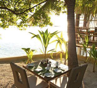 Manta Restaurant Hotel Constance Moofushi Resort