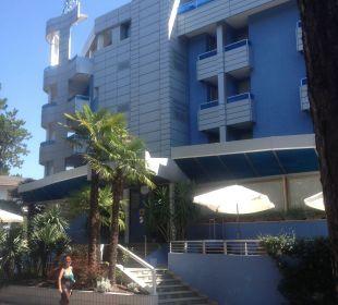 Das wunderbare hotel von außen Hotel Alemagna